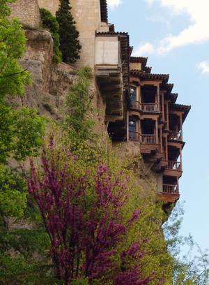 Hanging Houses • Museo de arte abstracto Español Fundación ...