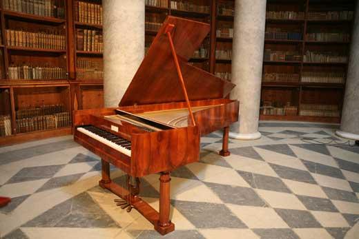 Fortepiano de Conrad Graf
