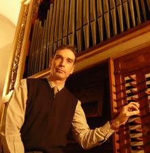 Miquel González
