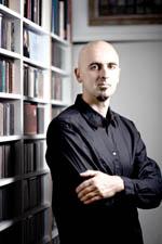 Daniel Oyarzábal
