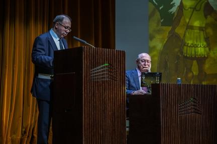 De izda. a drcha.: Adolfo Domínguez Monedero y Manuel Bendala