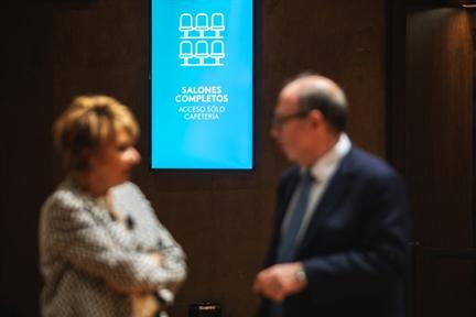 De izda. a drcha.: María José Hidalgo de la Vega y Adolfo Domínguez Monedero