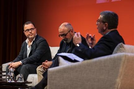 De izda. a drcha.: Federico Martinón-Torres, Ignacio López-Goñi y Antonio San José