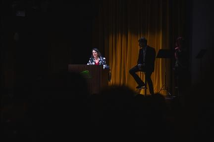 De izda. a drcha.: Helena Cortés Gabaudan, José Luis Alcobendas y Sara Illán
