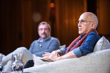 De izda. a drcha.: Adriano Morán y José Sanchis Sinisterra