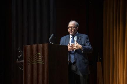 Adolfo Domínguez Monedero