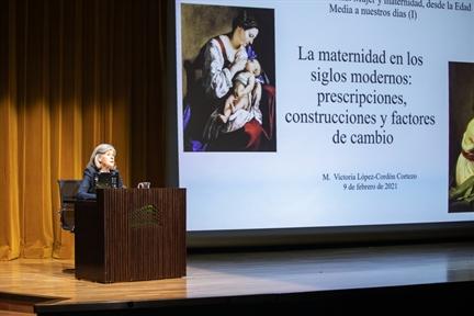 María Victoria López-Cordón