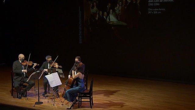 Brunetti y Goya: Cuarteto L 185 y La familia de Carlos IV