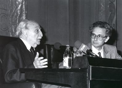 De izda. a drcha.: Francisco Ayala y Andrés Amorós