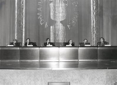 De izda. a drcha.: Antonio Fernández Alba, Rafael Argullol, Javier Gomá, Valeriano Bozal, Manuel Gutierrez Aragón y Simón Marchán