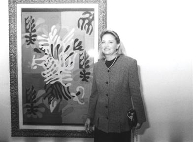 Marie Thérèse Pulvenis de Séligny, junto a un cuadro de Matisse.