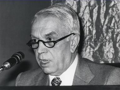 """Lecture Series: El estado de nuestro tiempo (IV). """"The historical situation of the State"""""""