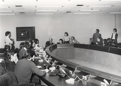 """Inaugural lectures: Inauguración de la Exposición """"KANDINSKY"""". Kandinsky and the birth of abstract art"""