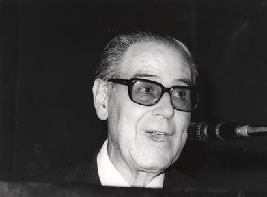 "Lecture Series: IV Centenario de Luis de Camoens (III). (III) ""Hispanic-Portuguese literary relations"""