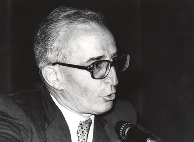 """Ciclos de conferencias: Homenaje a Fernando Pessoa (III). """"Kierkegaard y Pessoa o las máscaras y el absoluto"""""""