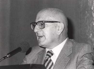 """Lecture Series: Cien años de 'La Regenta' (III). """"Falsehoods of a provincial society"""""""