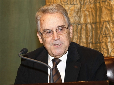 Lecture Series: MANUEL AZAÑA: LITERATURE, ESSAY, POLITICS (II). Lecture by Santos Juliá