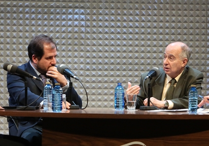 De izda. a drcha.: Ignacio Molina y José Juan Toharia