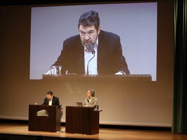 De izda. a drcha.: Mauro Armiño y Josep María Flotats