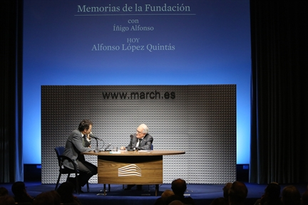 De izda. a drcha.: Íñigo Alfonso y Alfonso López Quintás