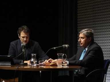 De izda. a drcha.: Íñigo Alfonso y José Luis García Delgado