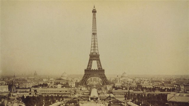 The Eiffel Tower: the height of iron, the symbol of Paris