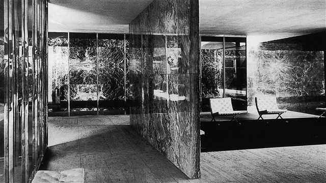 The Barcelona Pavilion and the modern space