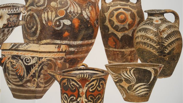 The Ceramics of Crete and Mycenae