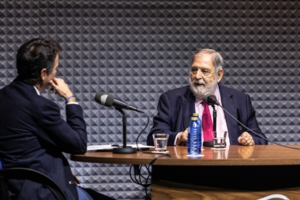 Memories of the Fundación : Juan Van-Halen interviewed by Íñigo Alfonso