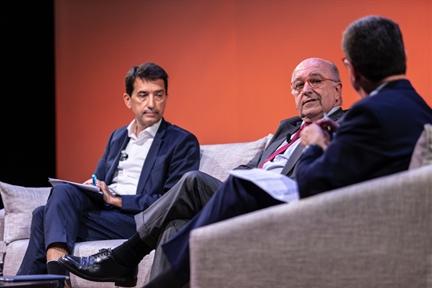 De izda. a drcha.: Rafael Doménech, Joaquín Almunia y Antonio San José
