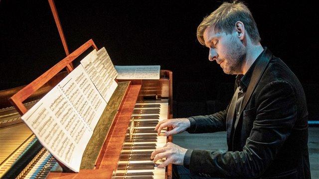 Schubert's piano: Mozartian echoes