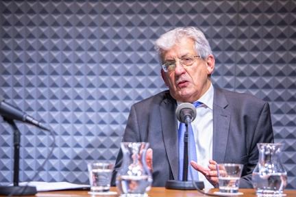 Pedro M. Echenique