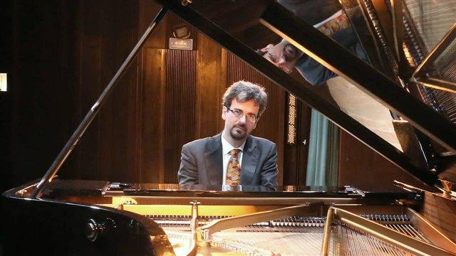 Virtuoso Training: Études for Piano
